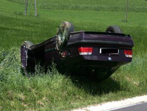 Verkehrsunfall eingeklemmte Person