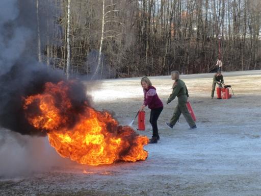 Feuerlöscherübung Jugend